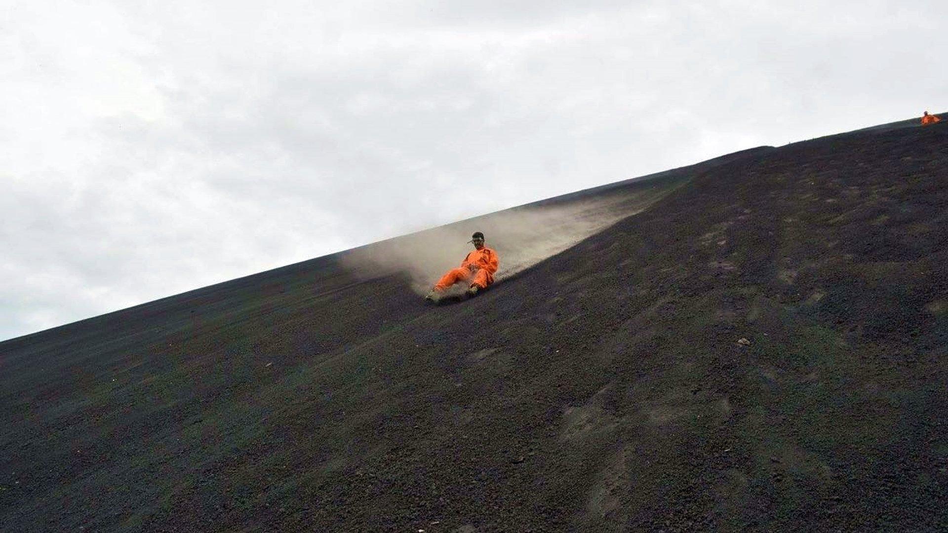 GRANADA e LEÓN: como ir ao vulcão, o que fazer